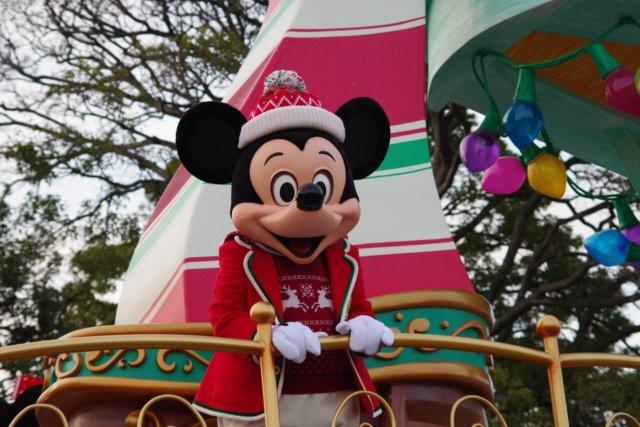 ディズニークリスマス2019!感動しちゃうパレード&ショー攻略法