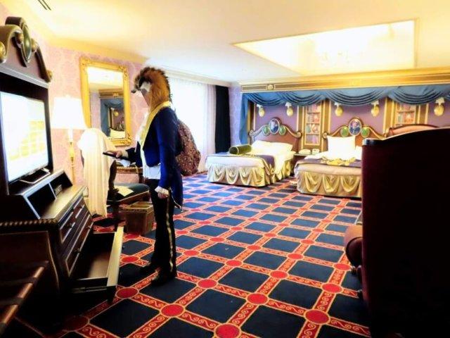 美女 ディズニーランド 野獣 ホテル と