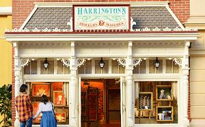 ハリントンズ・ジュエリー&ウォッチ。キラキラ光るアクセサリーの店